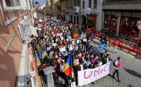 Rumānijā sešu gadu laikā pieaug Pro Life gājieni no 23 līdz 600 pilsētām