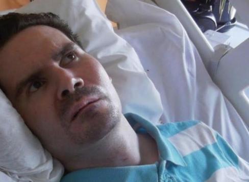 Francijas valsts notiesā invalīdu Vincentu Lambertu uz bada nāvi