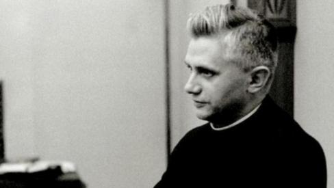 Profesors Racingers kritizē Koncilu
